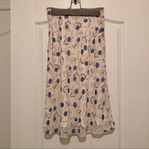 Vintage Skirts - Japanese vintage midi skirt floral white blue 38